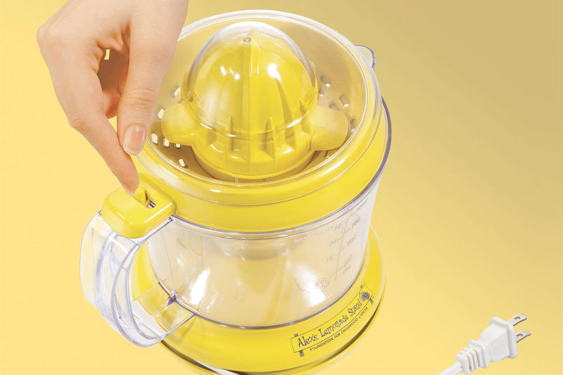 Alex's Lemonade Stand Citrus Juicer, 34 oz