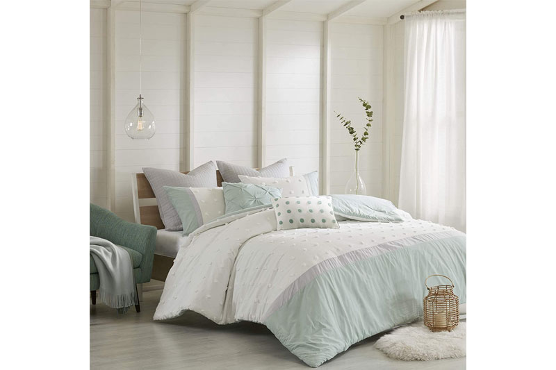 the-12-best-comforter-sets-in-2021-05